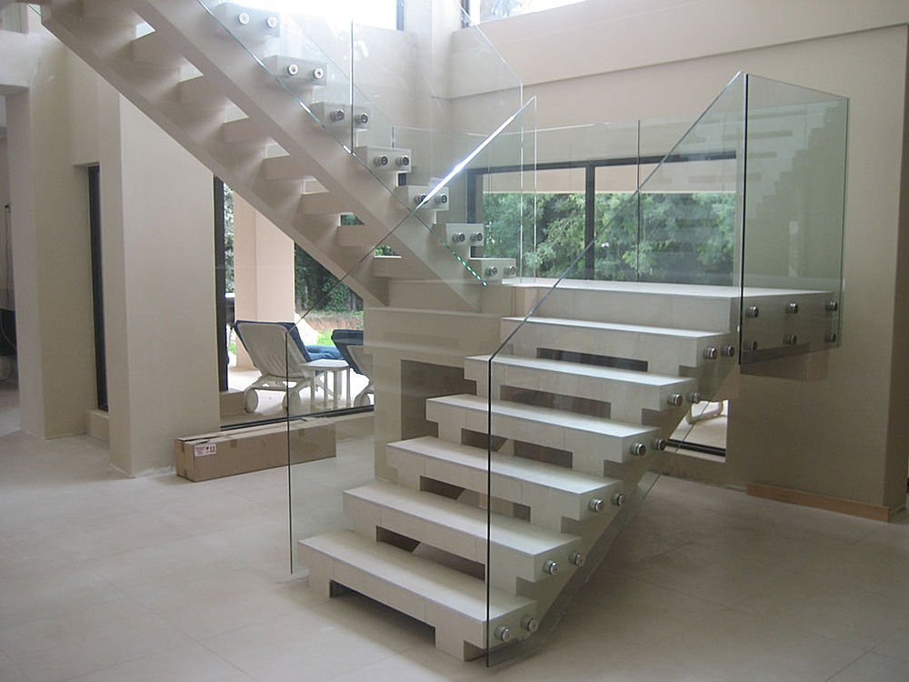 Cam merdiven imalat firma for Interior glass railing designs